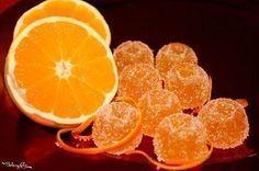 Queste caramelle sono tanto facili da realizzare in casa quanto buone! Prive da sostanze dannose, infatti sono realizzate con arancia ...