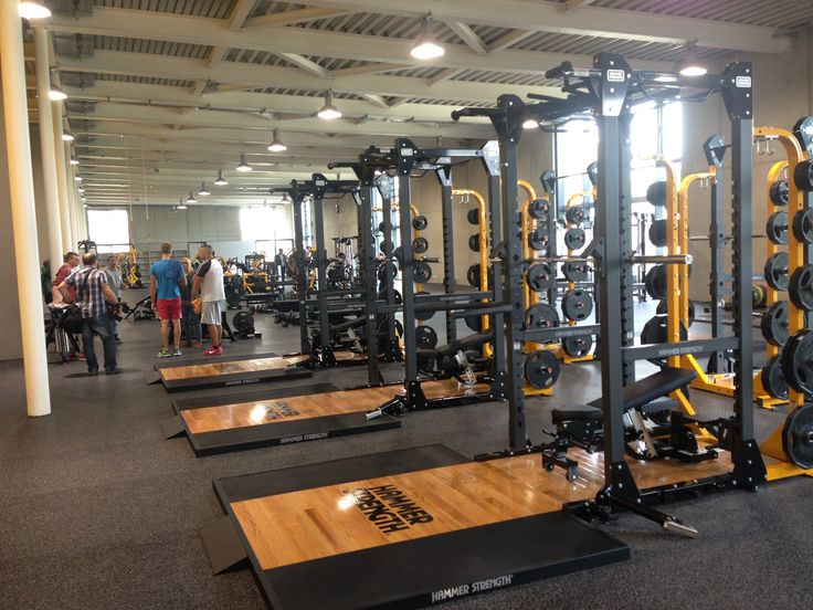 Olympic athletes are training with Hammer Strength equipment at new facility in Germany.