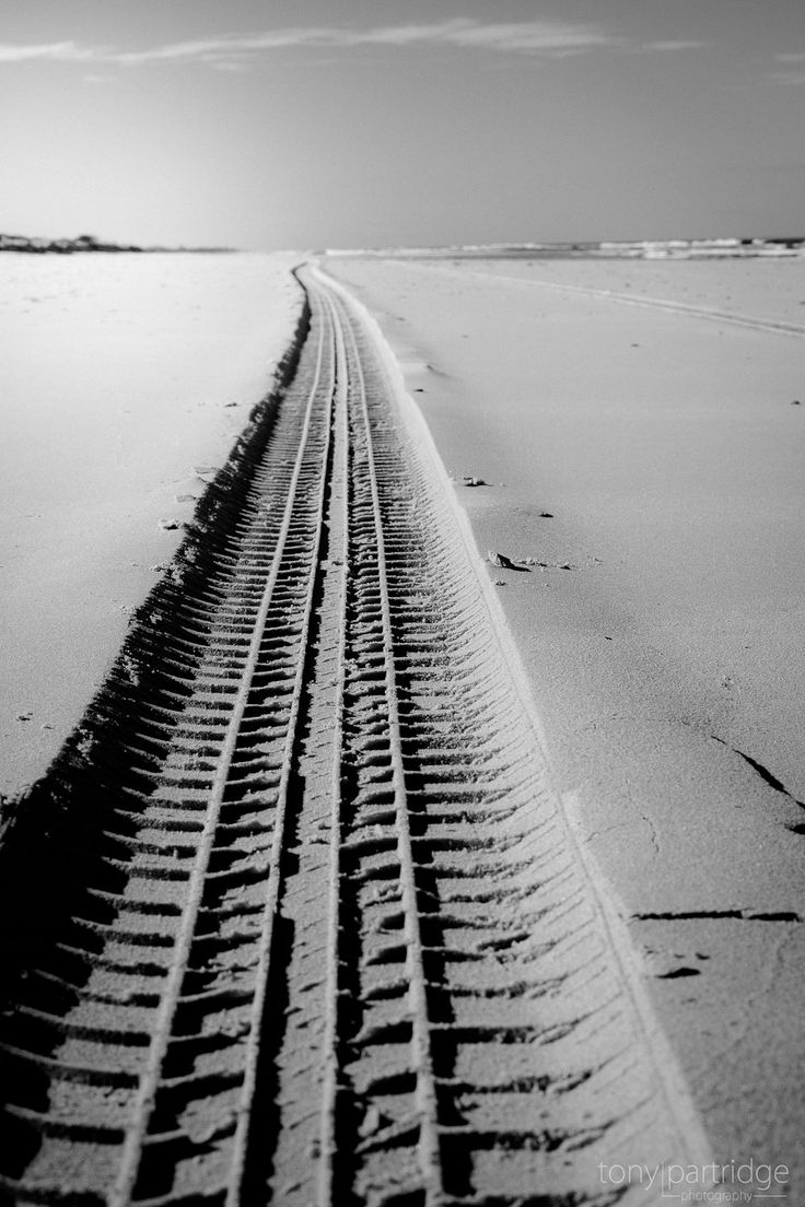 4WD-ing on Patches Beach  #blackwhite #photography