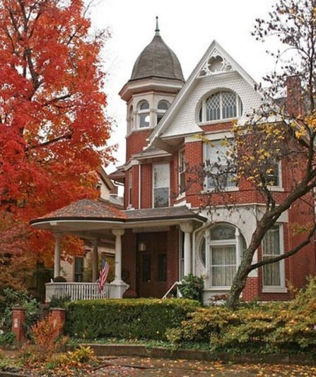 1942 best queen ann victorian houses images on pinterest - Arquitectura victoriana ...