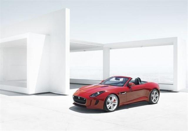 El Jaguar F-Type estará en España a mediados de 2013   El 2 Caballos