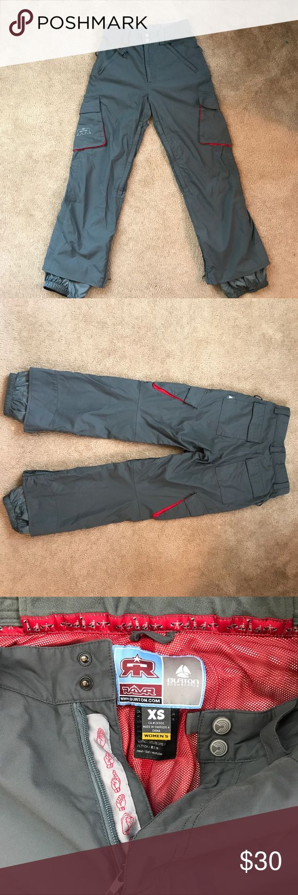 Burton Radar Snowboarding Pants - Grey Size XS Burton Radar Snowboarding Pants - Grey Size XS Small Scuff on back pocket not ripped. Pictured * Burton Pants