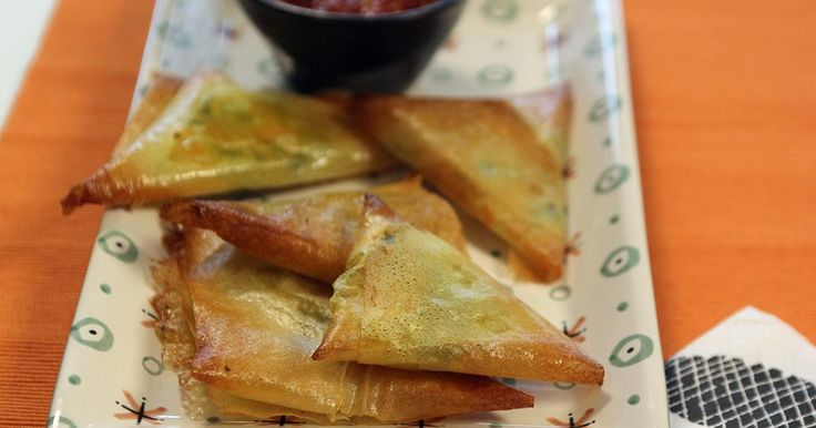 Dagen zonder Vlees: samosa's krokante hapjes met brickdeeg