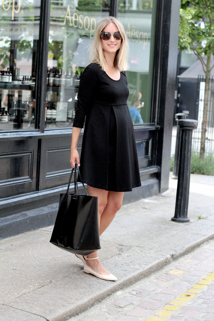 60's Look with Hatton Tunic | Isabella Oliver | @Thefashionguitar  http://www.isabellaoliver.com/pregnancy-style/style-diary/re-creating-a-50s-look-with-the-hatton-tunic/