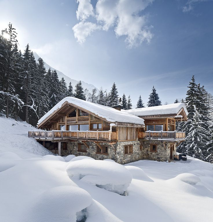 Gorgeous luxury chalet. Alpine Estates International, alpine property search specialists.
