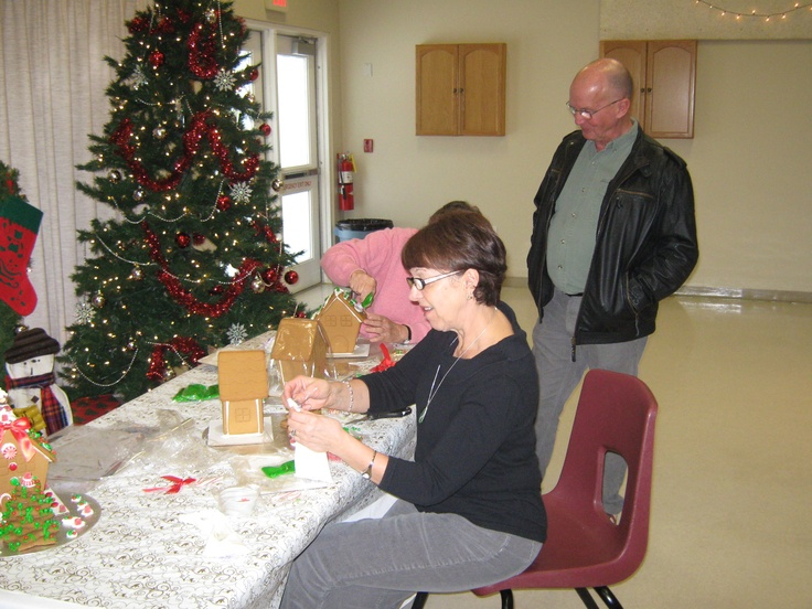 We had a gingerbread table to build gingerbread houses, generously donated by the Wasaga Beach superstore