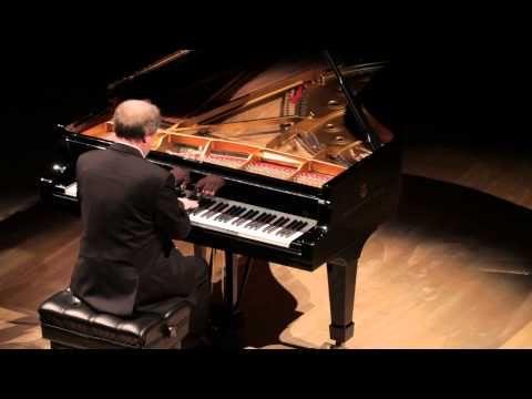 Claude Debussy. Images - Mouvement (Marc André Hamelin)