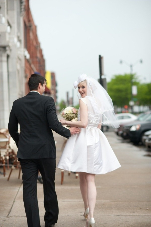 Nice Mad Men Inspired Wedding Photo Shoot by Nika Vaughan Studio Starling