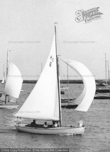 Burnham-on-Crouch, sailing the River c1965 #sailing #yachting #nostalgia