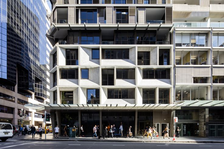 Completed in 2012 in Sydney, AustraliaThe Castlereagh by Tony Owen Partners is a 16 storey apartment building located in the bustling heart of Sydney's CBD. It contains 55 luxury...