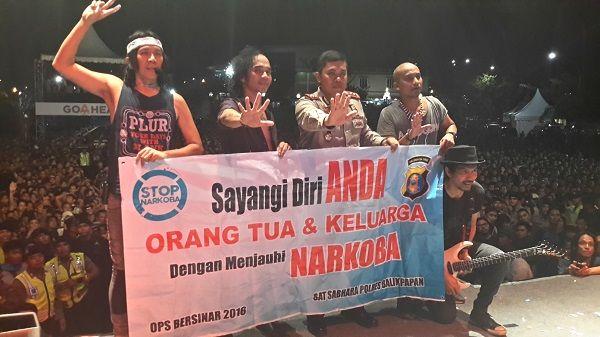 Tribratanews.com Polres Balikpapan Gandeng Band Slank Kampanyekan Anti Narkotika