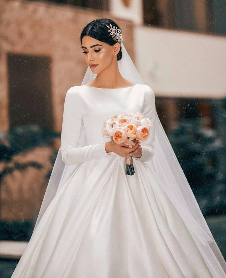 Pin by Meina Chiara on Wedding dress   Wedding dresses ...