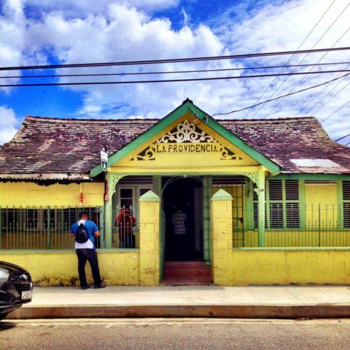 La Providencia. Puttering. Port of Spain, Trinidad.