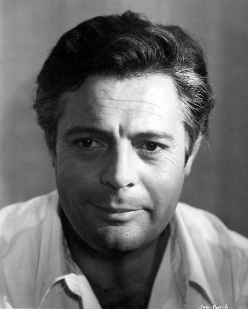 Marcello-Mastroianni-Sunflower,1970! One of the most amazing actors of his time and Italy's best!!