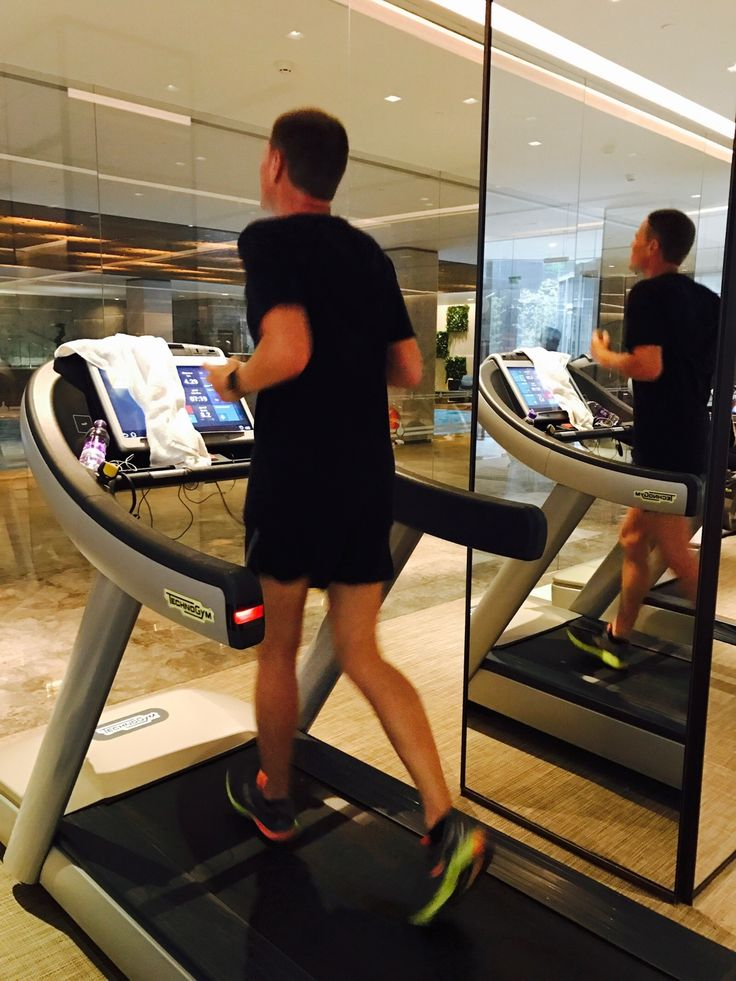 After crosstrainer now 45 minutes treadmill that became 1 hour! 🏃🏼👊Pool next! #swimbikerun #ironmantraining @nuobeijinghotel #China #running