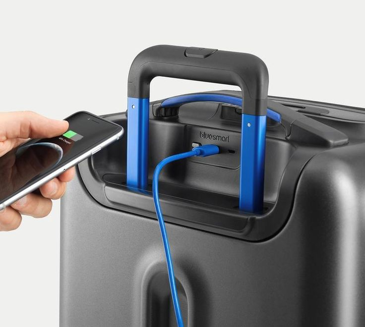 Best travel gadgets 2016 Bluesmart Smart Suitcase photography
