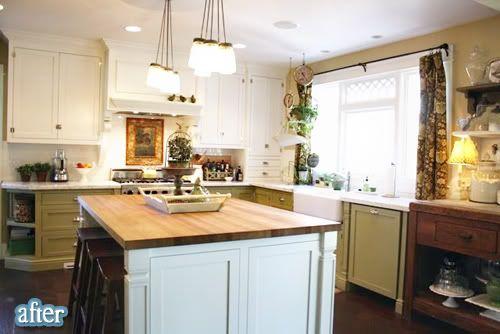.: Kitchens Window, Bungalows Kitchens, Dark Cabinets, Based Cabinets, Kitchens Ideas, Green Kitchens, Blocks Islands, Jars Lights, White Kitchens