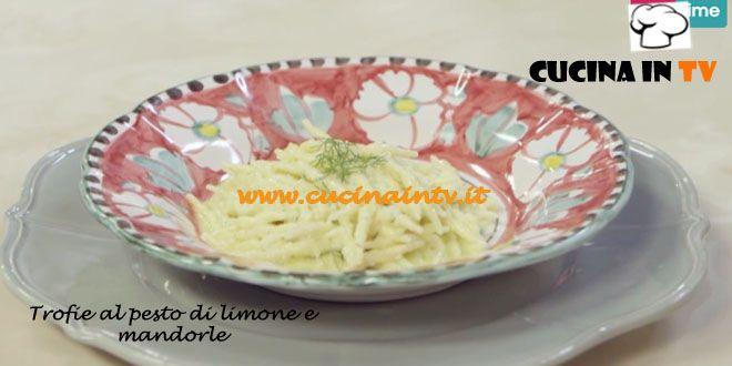 Trofie fresche al Pesto di Limone e Mandorle ricetta Parodi da Molto Bene | Cucina in tv