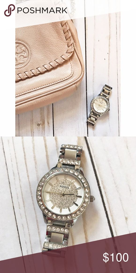 Fossil watch 💎comes with box! Only worn a handful of times! No defects, no gems missing. SO adorable 😍 needs new watch battery! Accessories Watches