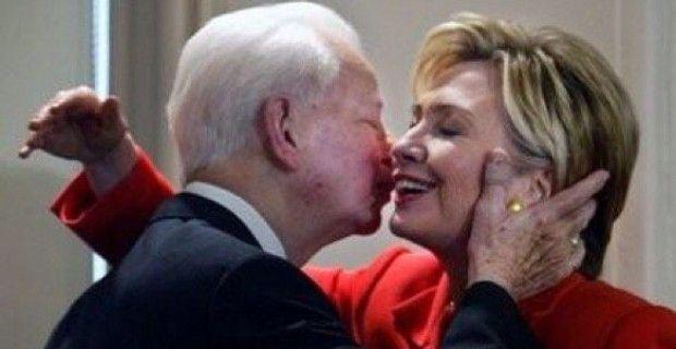 Media Savages Trump Over Duke, Ignores Hillary Praising Former KKK Member Robert Byrd