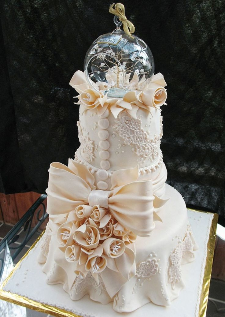 380 Best Images About Cakes-Lace, Embroidery, Pipping And