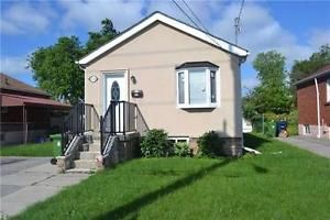 Bungalow for Sale in Scarborough (Kennedy/Eglinton intersection)