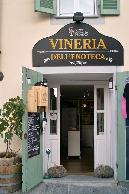 Enoteca - Barbaresco, Piemonte