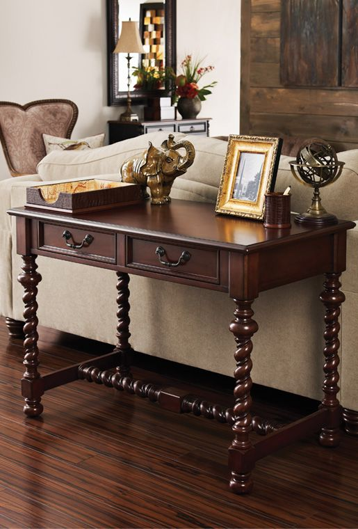 Love The Barley Twist Legs On This Console Table