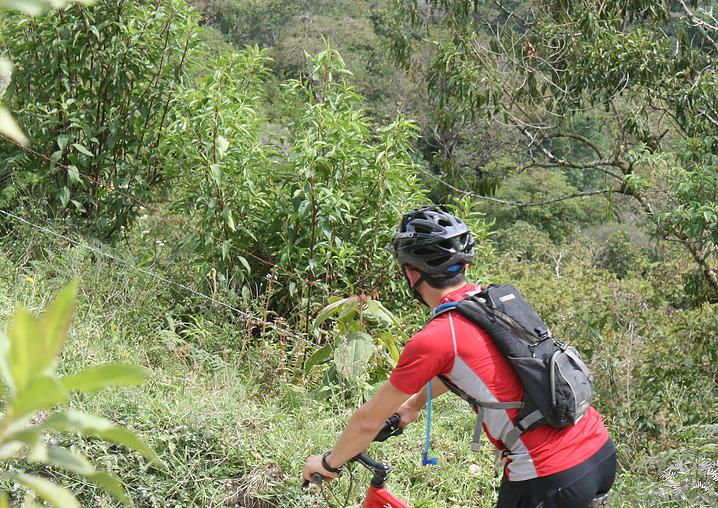 MOUNTAIN BIKE  Get ready for a rewarding adventure, going through river crossings, rocky trails, downhill and some of the best views you can get in Colombia.  We have different trails suited for everyone