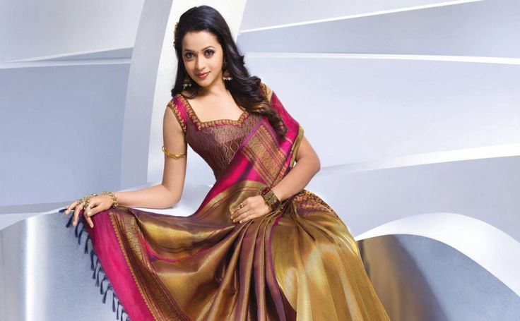 Bhavana actress HD Wallpaper