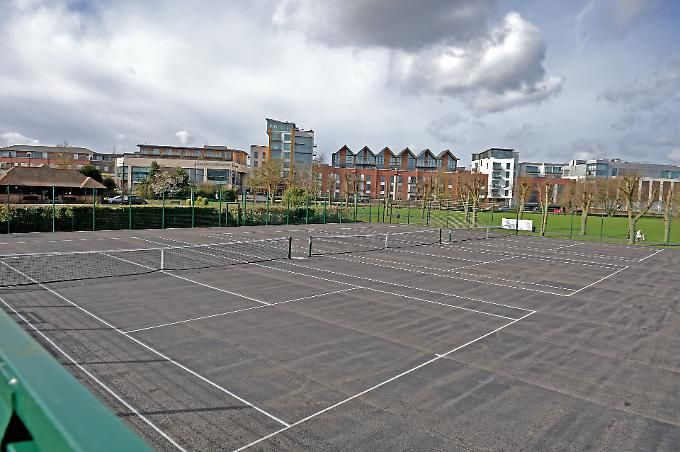 Newbury S Victoria Park Tennis Courts Reopen After Refurb Tennis Court Newbury Victoria Park