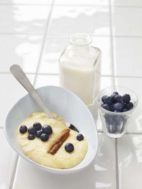 Servera gärna med mandelmjölk eller hasselnötsmjölk och färska eller frysta bär.
