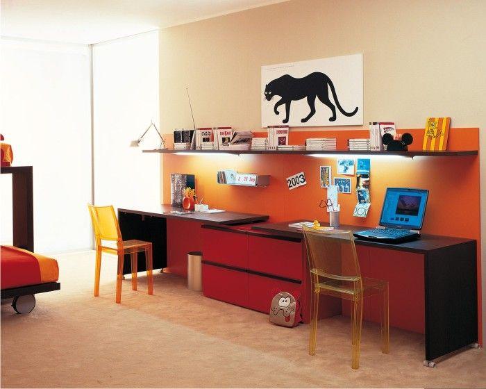 scrivania lunga cameretta