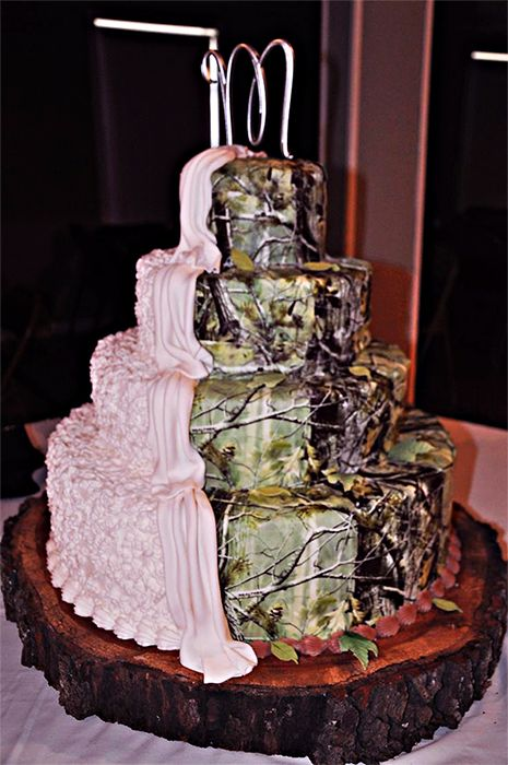 Rrealtree Camo Wedding Cake - You Like Pink, I Like Camo. #Realtreecamo #camowedding