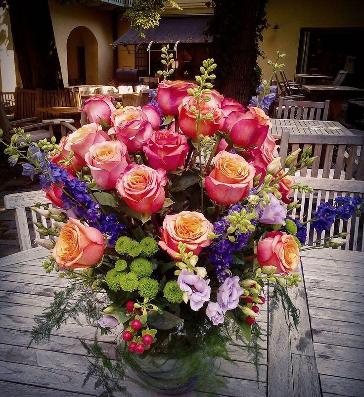 "1 aprecieri, 1 comentarii - Floraria Dorothy's (@florariadorothys) pe Instagram: ""Colors.. #happy #anniversary #flowergift #cluj #clujnapoca #clujlife #floricluj #lifeincluj…"""