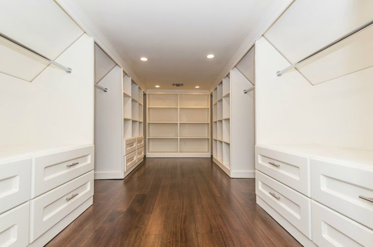 147 best master closeth images on pinterest dream for Walk in closet square footage