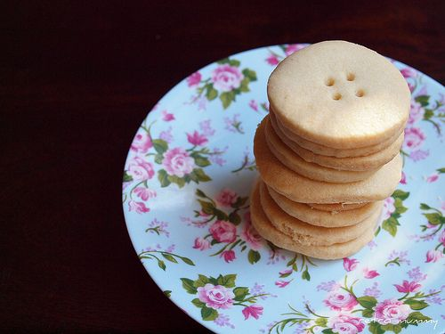 """Are these #Thermomix shortbread cookies """" #Santa's buttons """"?!"""