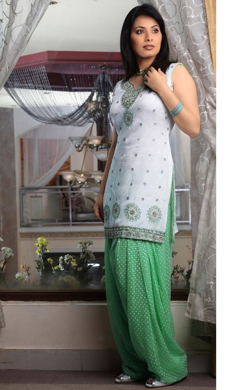 Off White Faux Georgette Classic Indian Salwar Kameez