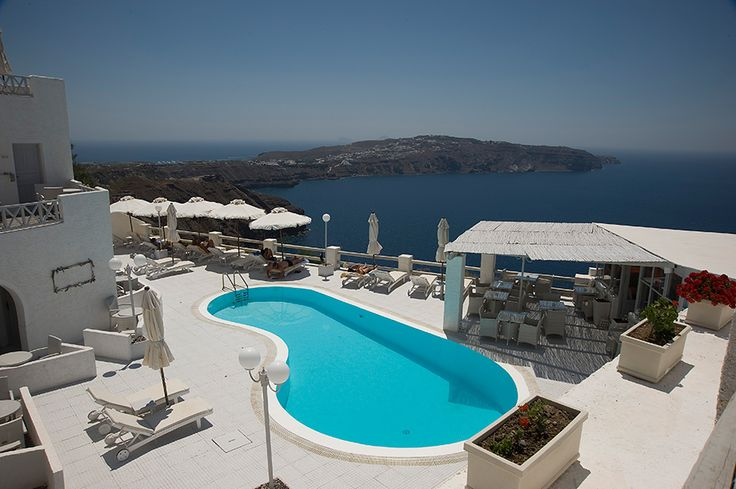 #Realestate 15 rooms in the breathtaking #Santorini with distinctive style, countless visitors and the wonderful streets is this hospitality business #four-star #hotel that combines exceptional way the unique character of the island with comfort and relaxation.  - See more at: http://www.rondyakrealestate.com/en/normal/27/propertydetails_en.aspx#sthash.OueRGzJe.dpuf