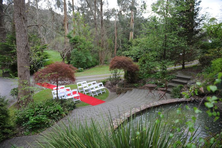 Waterfall Ceremony #chateauwyuna #wedding #bride #groom #mrandmrs #weddingreception #ceremony #panorama #redcarpet #cinderellaentrance #likeaprincess #waterfeature #gorgeous #outdoor