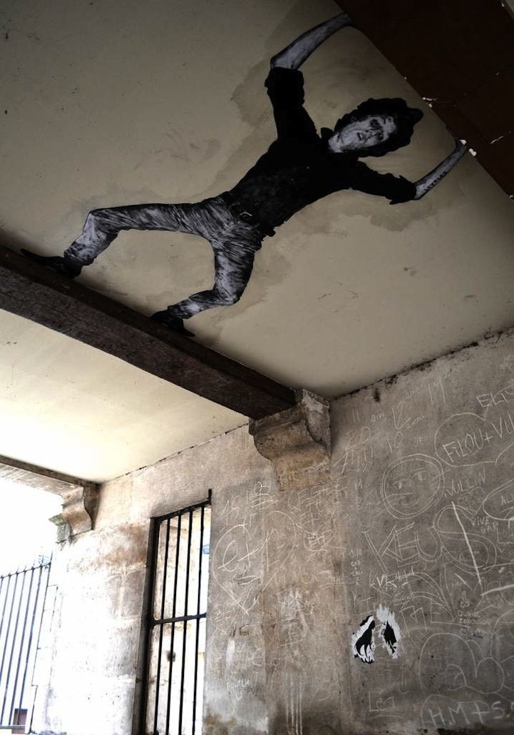 Wheat Paste Characters Go Berzerk on Paris' Streets - My Modern Met | Graffiti & Street-art | Amazing street art, Street artists, Street art
