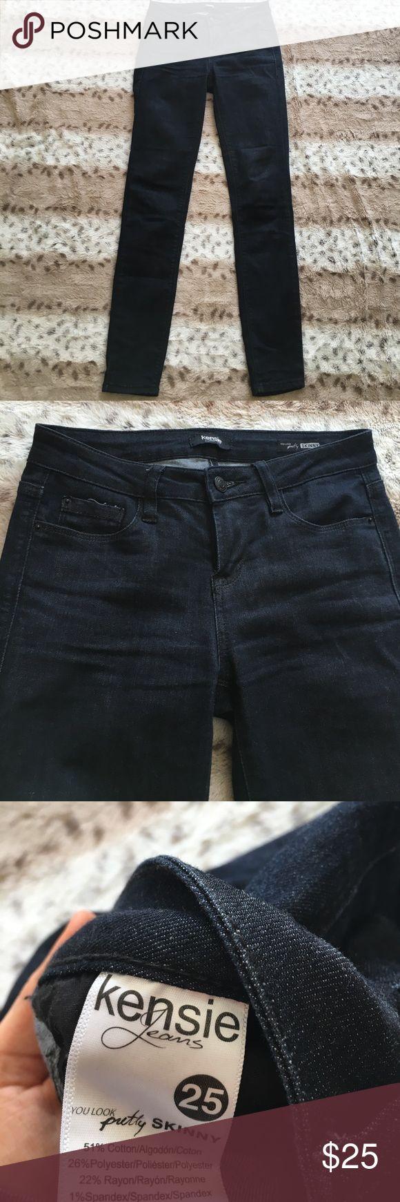 Dark Blue SkinnyJeans Cute dark blue skinny jeans. No flaws. Size 25 Kensie Jeans Skinny