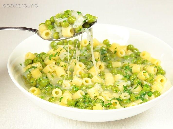 Pasta e piselli con la provola: Ricetta Tipica Campania