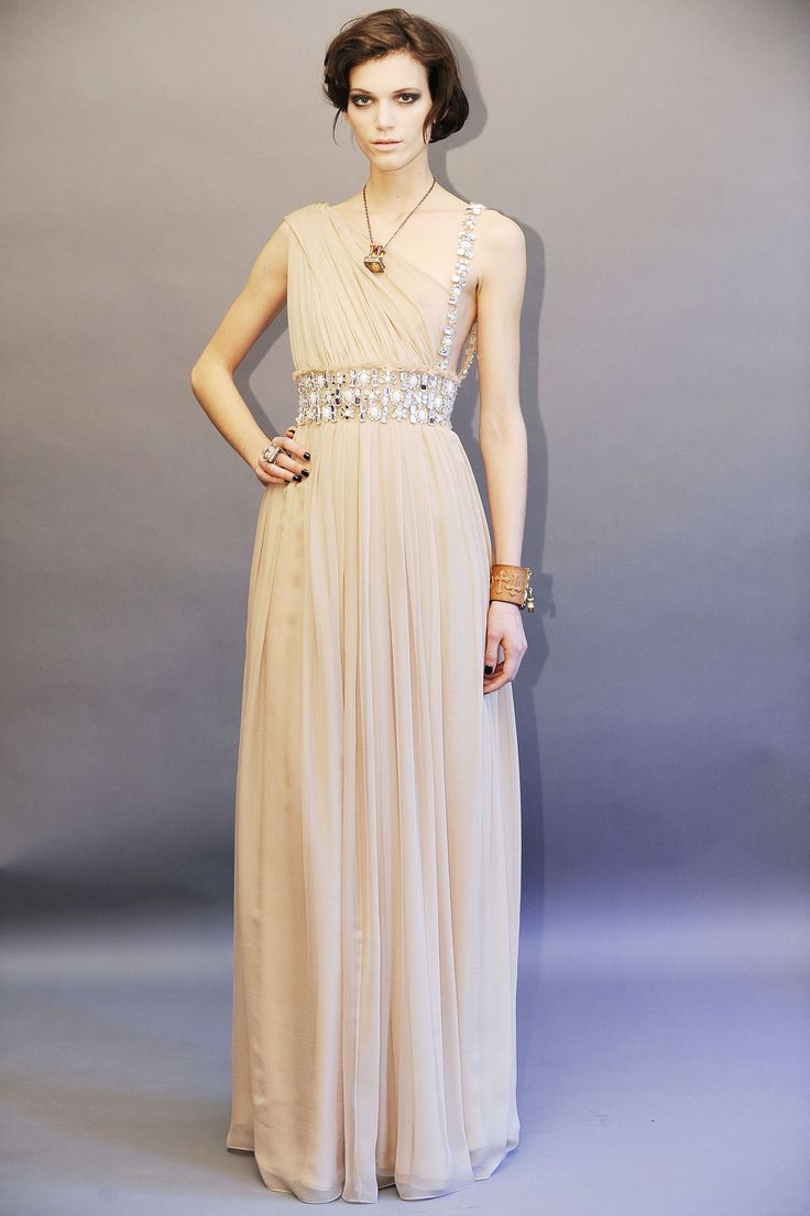 best dresses images on pinterest evening gowns night out