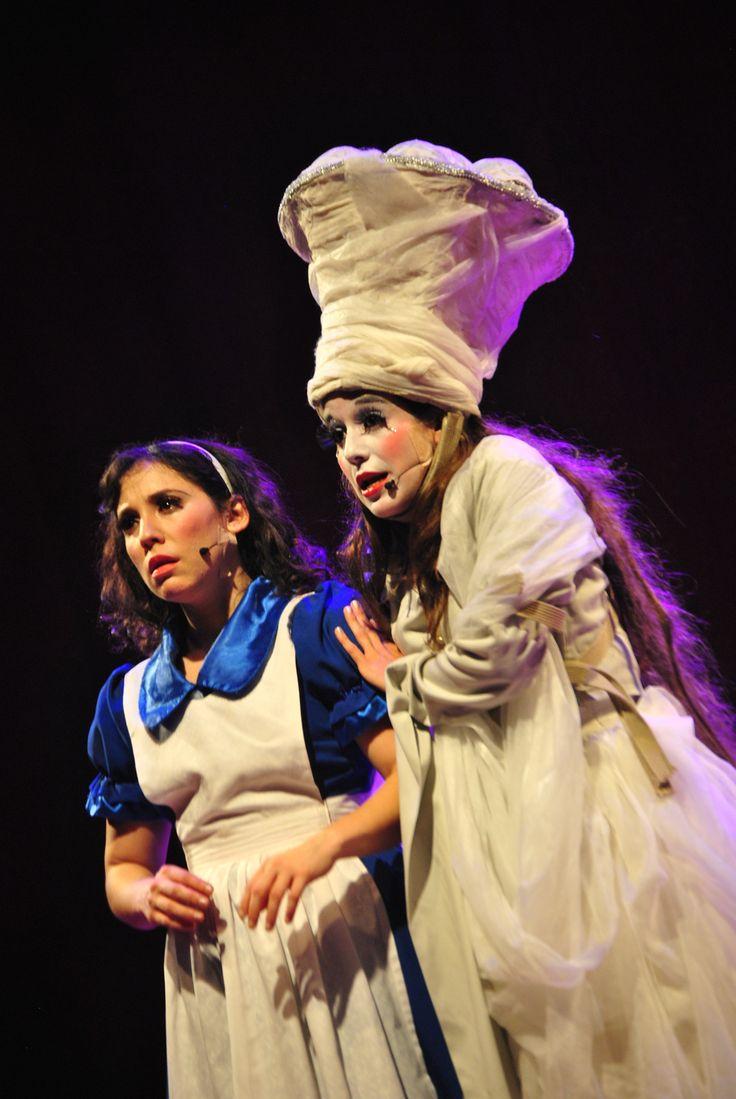 alicia y la reina blanca  by portafoliodeteatro on 500px