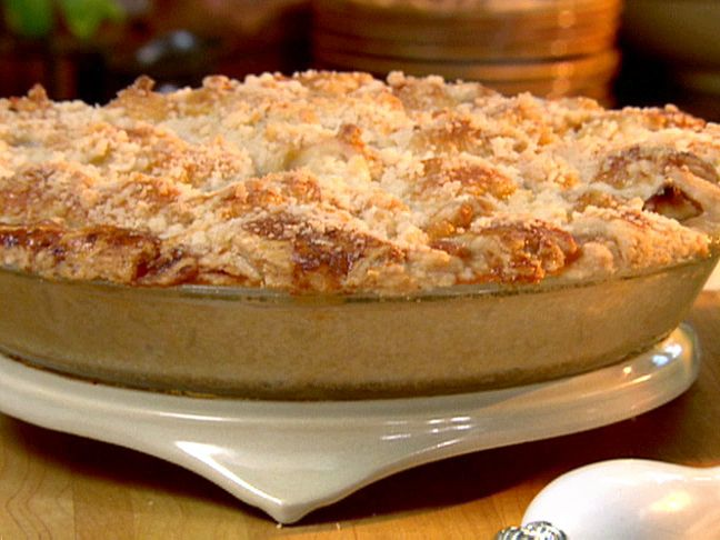 Crunch Top Apple Pie from FoodNetwork.com by Paula Dean. Amazing and a hit wi family and friends!