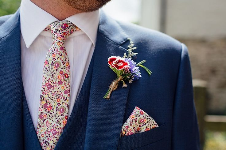 Floral Tie Pocket Square Buttonhole Woodland Farm Camping Weekend Wedding http://www.frecklephotography.co.uk/