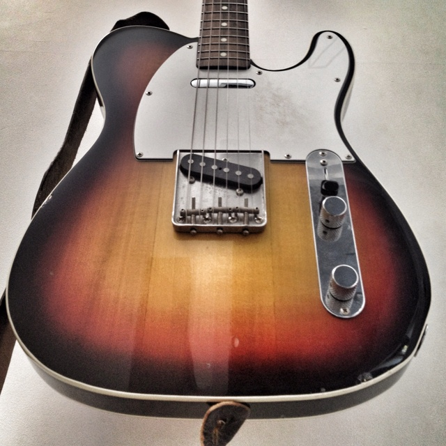25 best images about electric guitars pedal steels ect on pinterest fender bass 1960s and surf. Black Bedroom Furniture Sets. Home Design Ideas