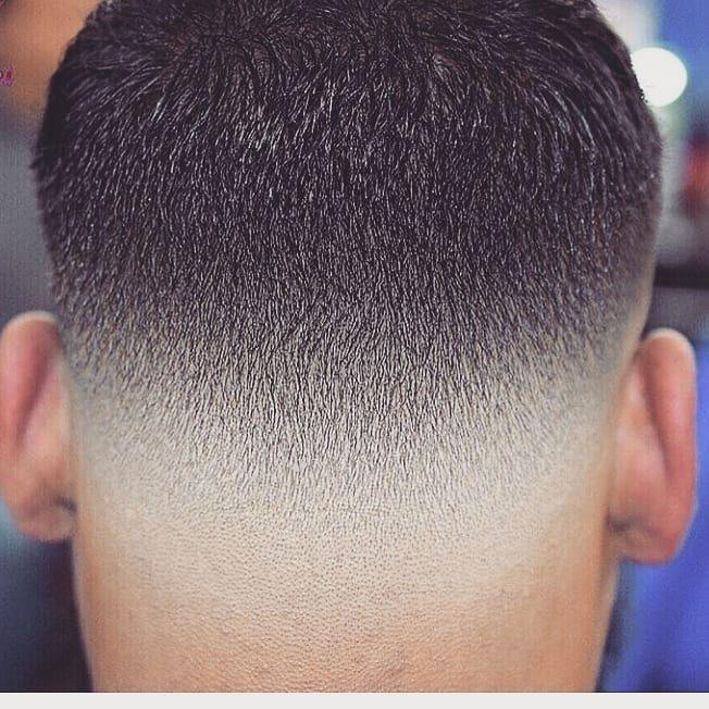 Barber Barbershop Selenagomez Marie Hairdresser Hair Hairstyles شعر قصات حلاق حلاقة دبي ستا تفاعل Haircuts For Men Men Haircut Styles Hair Styles