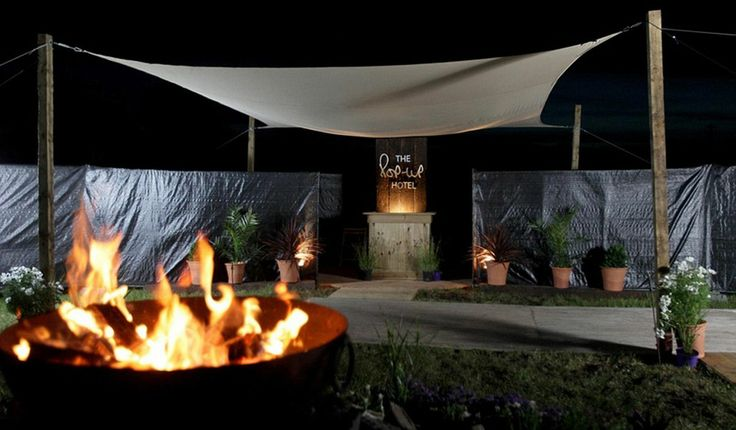 In pictures: Have a look inside Glastonbury's lavish pop-up hotel - Daily Record.  Could this be inspiration for tomorrow's campgrounds? PopUp Republic